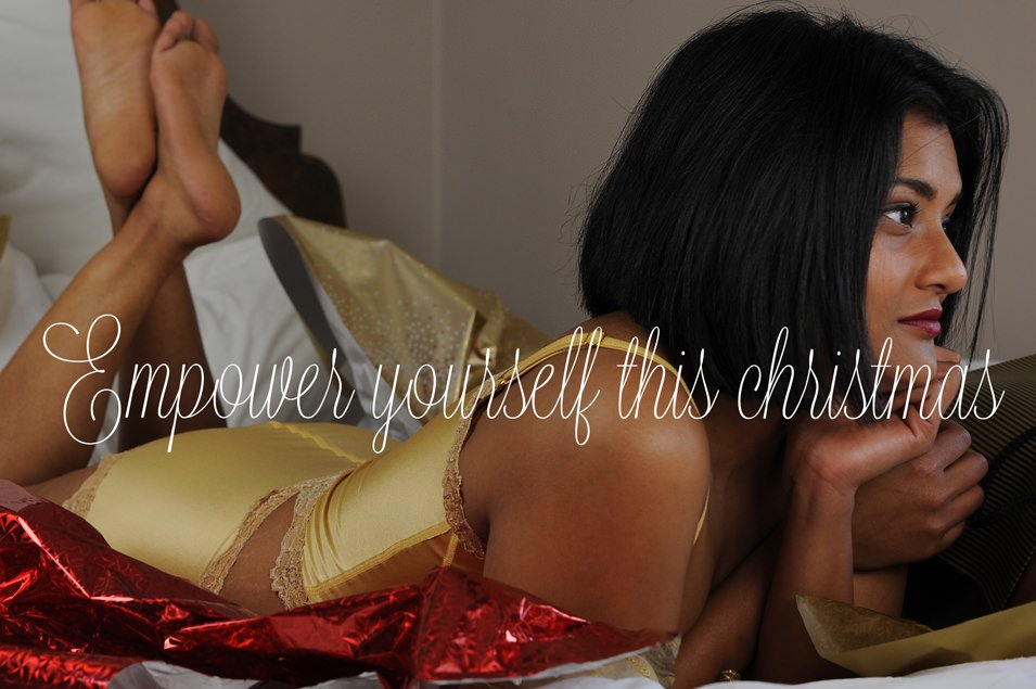 Christmas Glamour Photo Gold Lingerie